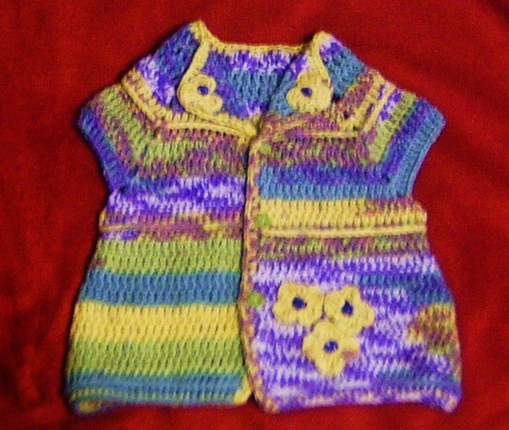 Renkli İpten Bebek Yelekleri
