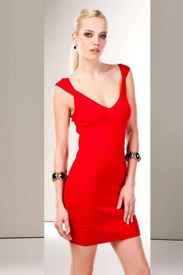 Kırmızı Elbise Modelleri